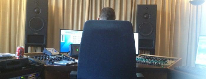 EQuuS Mastering is one of Lugares favoritos de Aiko.