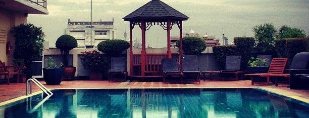 Rambuttri Village Inn & Plaza is one of Anton : понравившиеся места.