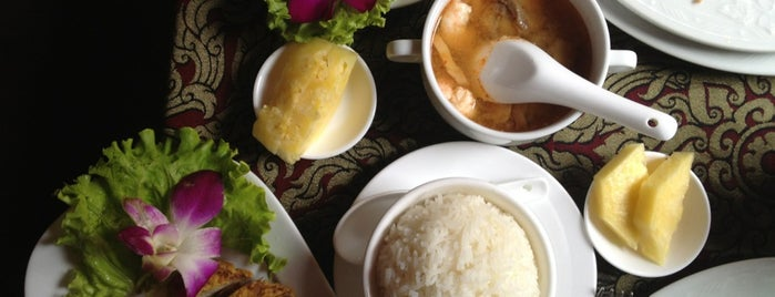 Komenn Thai Restaurant is one of Milano food.