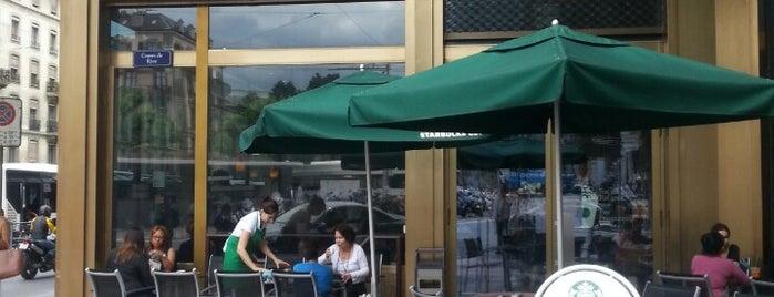 Starbucks is one of Tempat yang Disukai David.