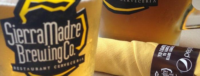 Sierra Madre Brewing Co. is one of Lugares favoritos de Ale.