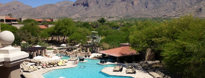 The Westin La Paloma Resort & Spa is one of สถานที่ที่ Vince ถูกใจ.