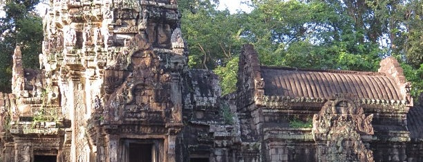 Thommanon I ប្រាសាទធម្មនន្ទ is one of Angkor Archaeological Park Highlights.