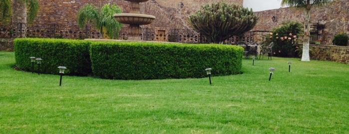 Hacienda Real 1800 is one of Lugares favoritos de Angel.