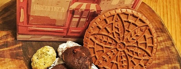 Biscoiteca is one of Melhores Confeitarias, Padarias, Cafés do RJ.
