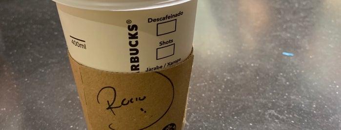 Starbucks is one of Lieux qui ont plu à Ricardo.