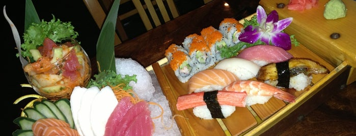 Sushi Thai is one of Naples.