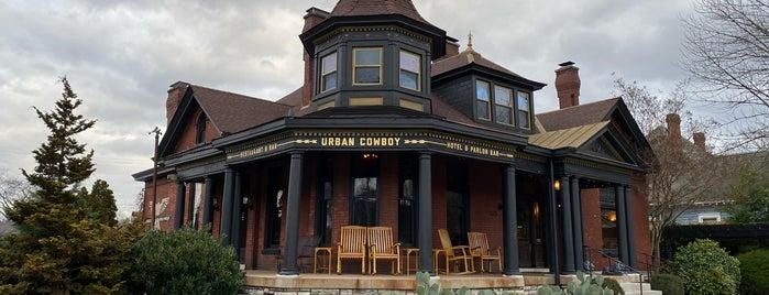 Urban Cowboy Nashville is one of Tempat yang Disimpan Lauren.
