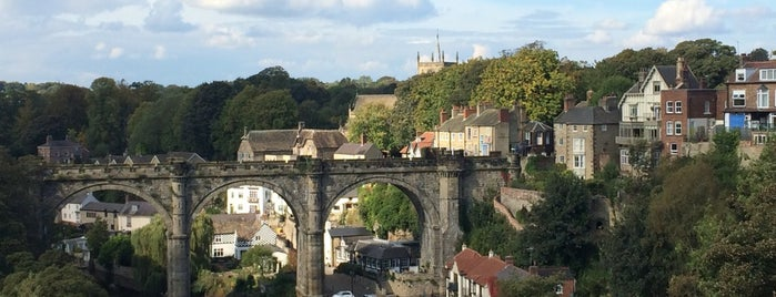 Knaresborough Castle is one of Tempat yang Disukai Carl.