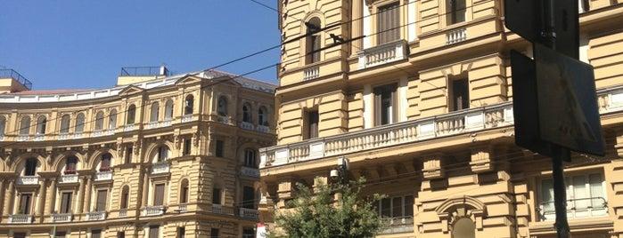Piazza Nicola Amore (Piazza Quattro Palazzi) is one of Hamiltonさんのお気に入りスポット.