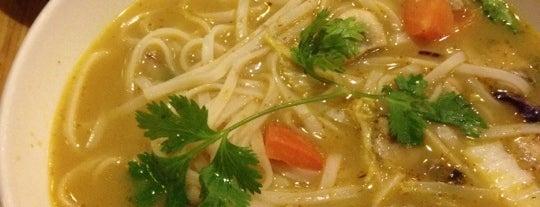 Noodles & Company is one of Lieux qui ont plu à Angel.