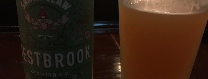 Oak Barrel Tavern is one of Locais salvos de Zach.