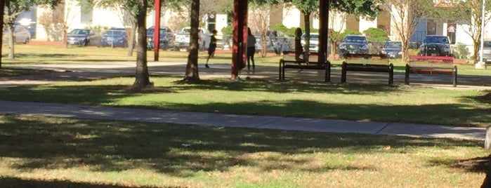 Texas Avenue Park is one of สถานที่ที่ Alkeisha ถูกใจ.