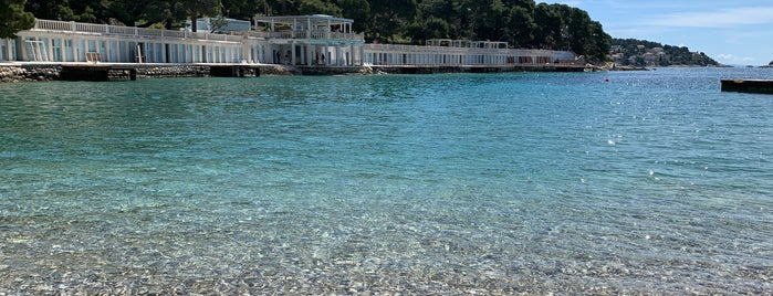 Momo Beach is one of Croacia.