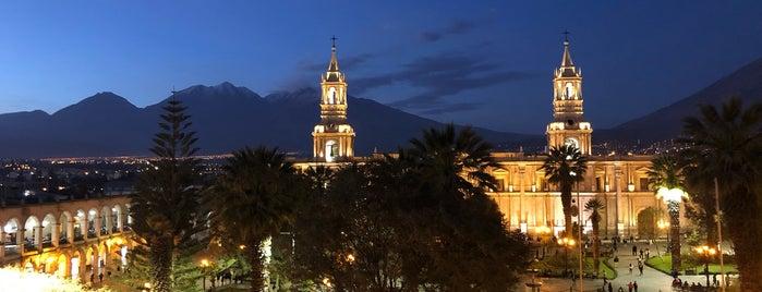 Plaza de Armas de Arequipa is one of Lugares favoritos de Paola.