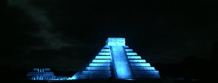 Zona Arqueológica de Chichén Itzá is one of Andreaさんの保存済みスポット.