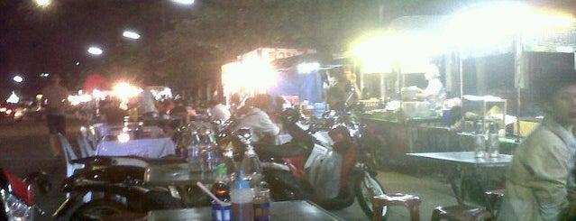Lop Buri Street Food is one of ลพบุรี สระบุรี.