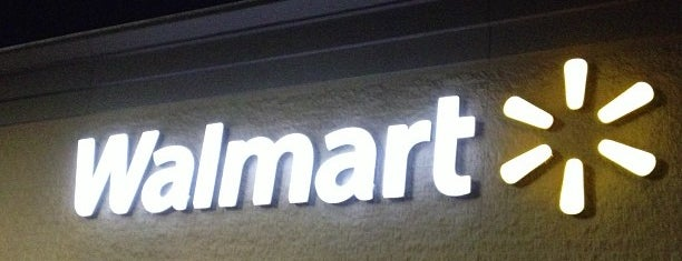 Walmart Supercenter is one of Orte, die SooFab gefallen.