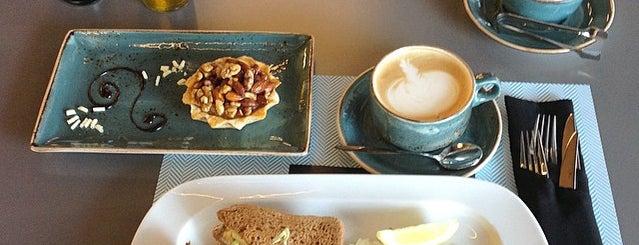 TURQUOISE Patisserie & coffee is one of Taisiya 님이 좋아한 장소.