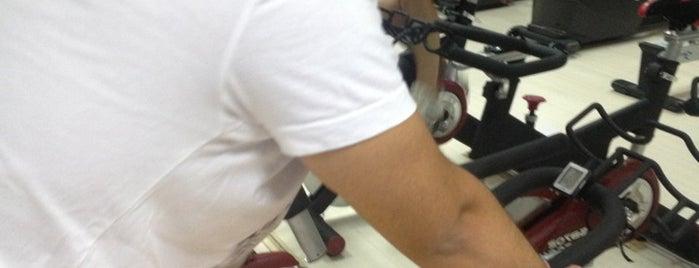 Bedri Ayzet Fitness Club is one of salih'in Beğendiği Mekanlar.