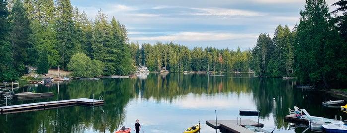 Wye Lake is one of สถานที่ที่ Melissa ถูกใจ.