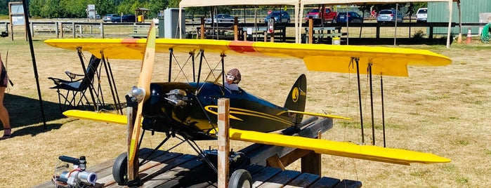 Marymoore Park Radio Controlled Model Aircraft Field is one of Melissa : понравившиеся места.