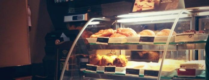 Starbucks is one of Tempat yang Disukai Azad.
