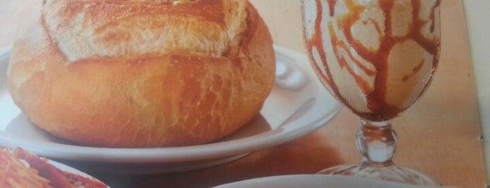 Fran's Café is one of Comiiida.