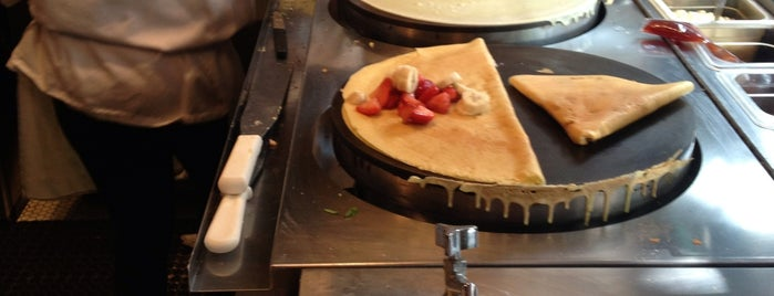 Vive La Crêpe is one of New York City Baby!.