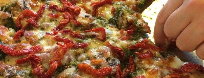 Brooklyn Pizza is one of สถานที่ที่บันทึกไว้ของ Jackal.