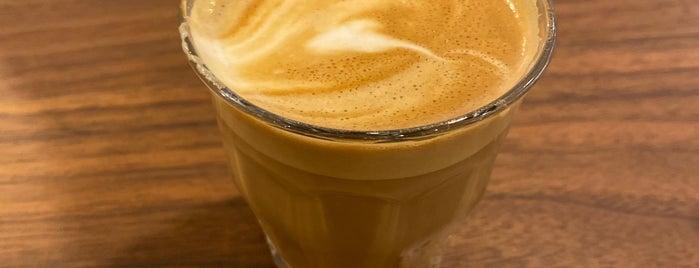 Dote Coffee Bar is one of Lugares favoritos de Max.