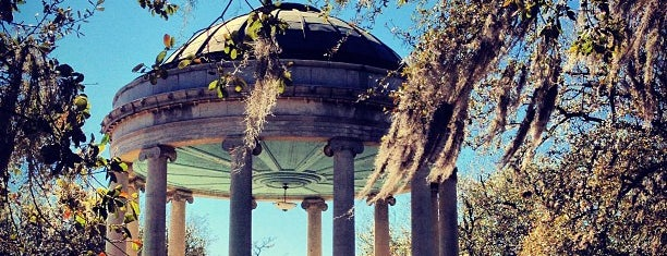 New Orleans City Park is one of Locais curtidos por Michael.