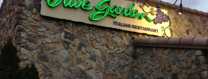 Olive Garden is one of Lana's Louisville.