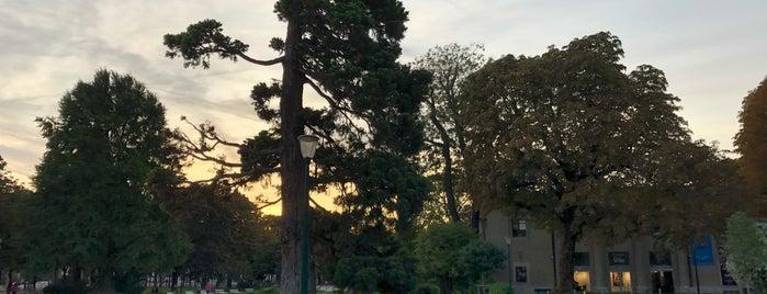 Jardin des Ambassadeurs is one of スペイン、フランス.