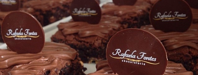 Rafaela Fontes Chocolateria is one of Locais curtidos por Allysson.