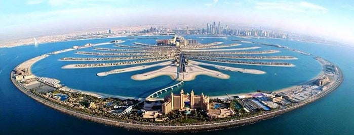 Palm Jumeirah is one of Дубаи.