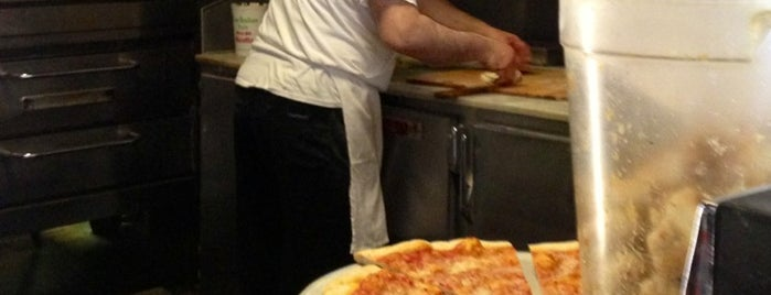 Morris Park Pizza is one of Pizza-To-Do List.