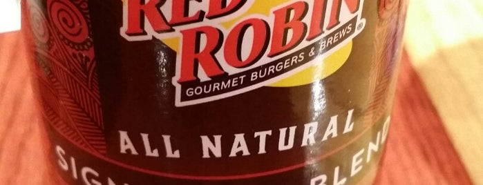 Red Robin Gourmet Burgers and Brews is one of Lieux qui ont plu à Tanya.