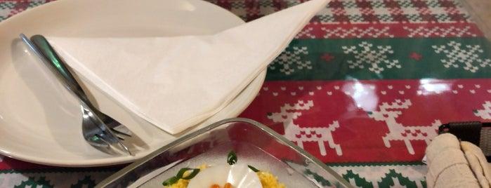 ロシアンレストラン スカズカ SKAZKA is one of Ethnic Foods in Tokyo Area.