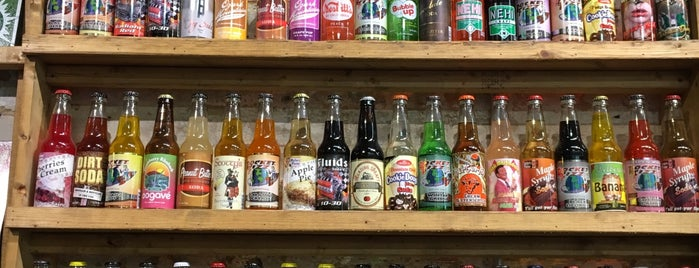 Rocket Fizz is one of Lugares favoritos de Jon.