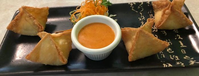 Nori Thai and Sushi is one of Posti che sono piaciuti a Latonia.