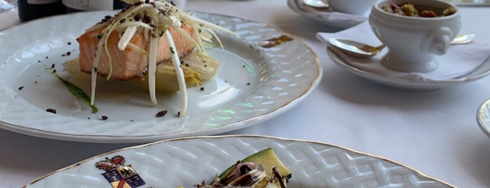 Restaurante Veranda At Villa D'Este is one of Olviya Desamparada : понравившиеся места.