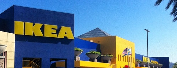 IKEA is one of Lieux qui ont plu à Sandro.