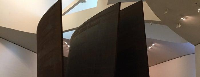 Richard Serra Exhibit is one of Posti che sono piaciuti a Michael.