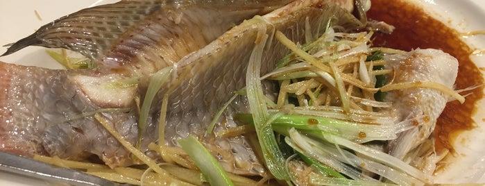 Lan Sheng Szechuan Restaurant 草堂小餐 is one of Lugares favoritos de RDW.