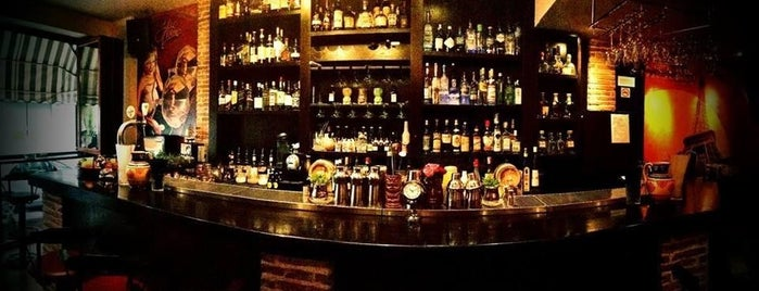 Jolie Môme - Cocktail Bar & Fun is one of Bars.