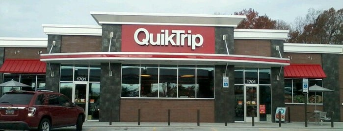 QuikTrip is one of Locais salvos de Joshua.