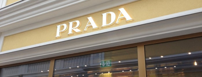 Prada is one of Locais curtidos por Helena.