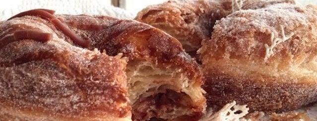Kettle Glazed Doughnuts is one of Best Doughnuts In LA.