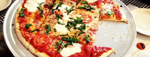 West End Pizza Company is one of TX Hill Country.